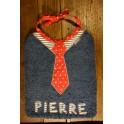 Bavoir cravate rouge sans prénom